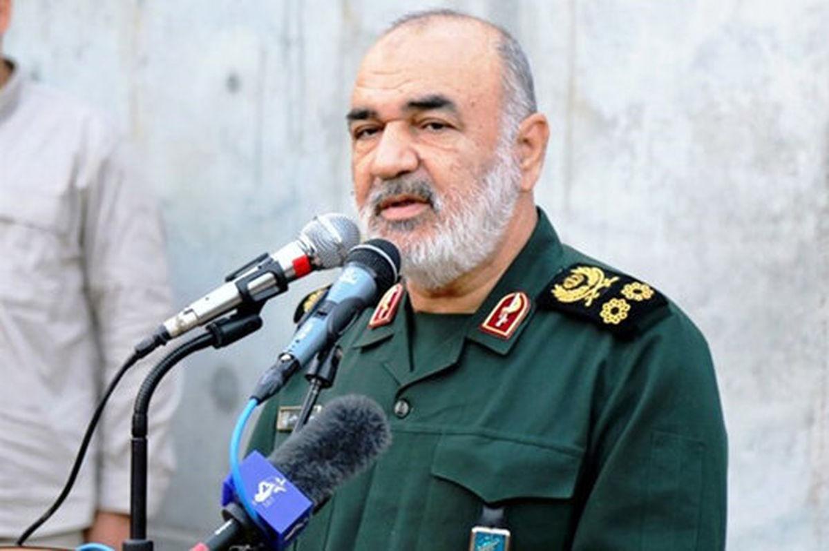 تاکید سرلشکر سلامی بر ماموریت ویژه سپاه در موج سوم کرونا