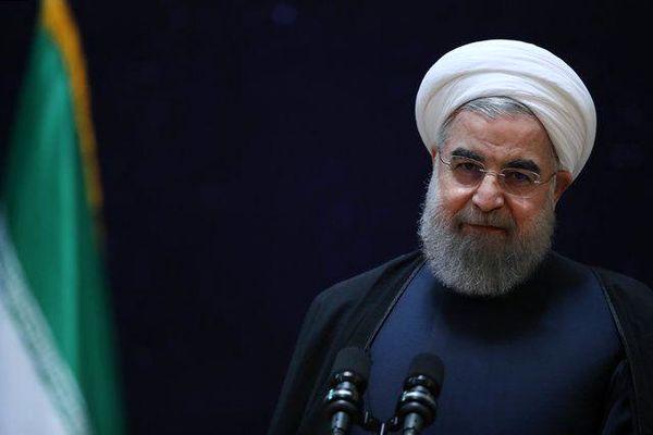 خبر کرونایی روحانی: در حال عبور از پیک هستیم