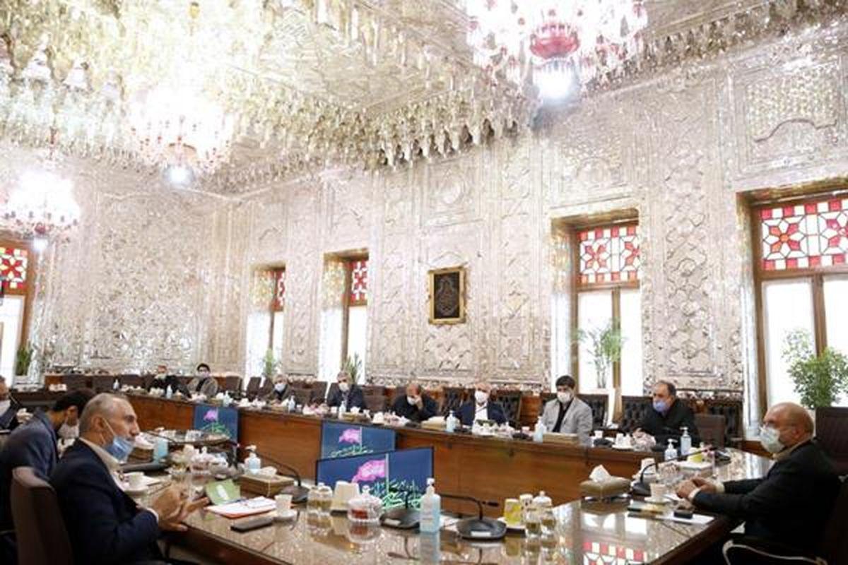 نشست مجلس با دولت برای تامین منابع طرحهای حمایت معیشتی