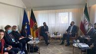 انتقاد شدید وزیر خارجه از آمریکا و اروپا