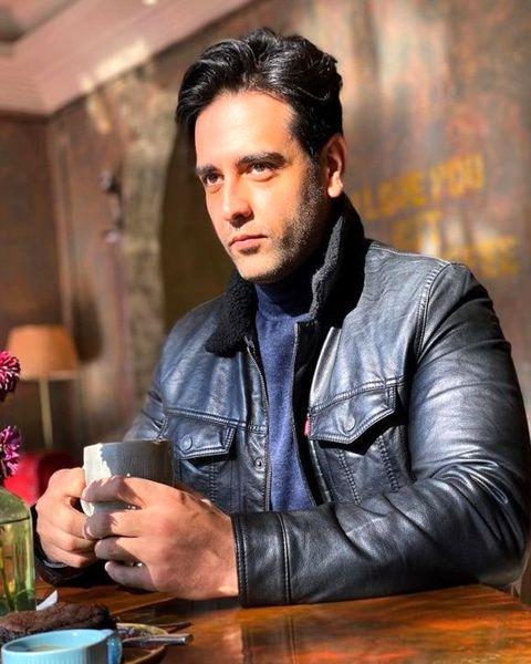 عکس جدید از بازیگر سریال مانکن امیر حسین آرمان