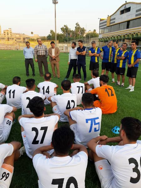 حضور مدیرعامل و اعضای هیات مدیره در تمرین نفت مسجدسلیمان + تصاویر