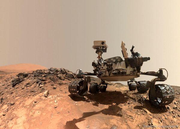 عکس دیدنی از ناسا از سلفی در مریخ!