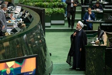 رای اعتماد مجلس به میرزایی و مونسان