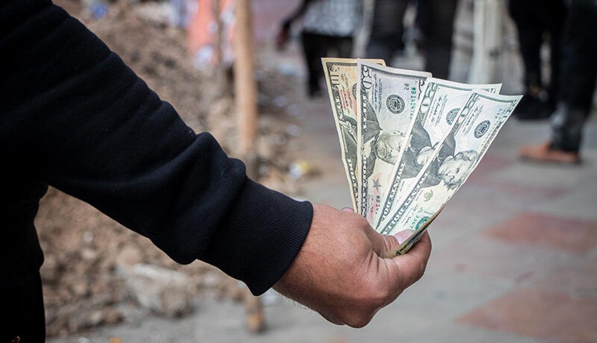 قیمت دلار صرافی ملی چقدر بالا رفت؟