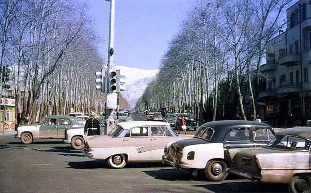 ماشینهای آمریکایی و آلمانی در تهران ؛ 57 سال پیش