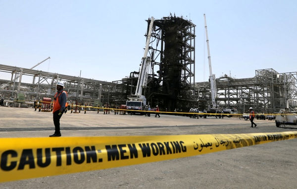 ایران می تواند 10 میلیون بشکه نفت را از بازار جهان در یک روز حذف کند