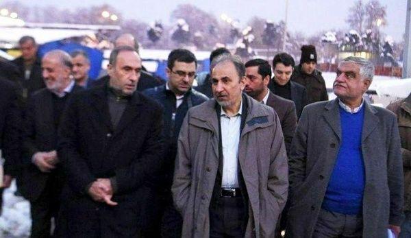 بازدیدهای سرزده شهردار تهران از سایتهای برف روبی