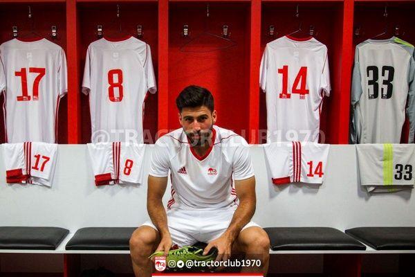 شایعه فروش لباسهای تیم ملی به تراکتور و واکنش فدراسیون