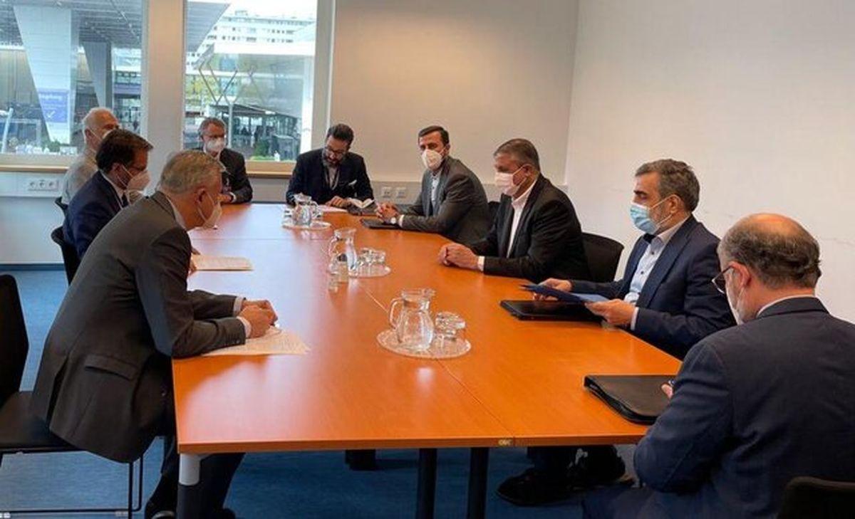 رئیس سازمان انرژی اتمی با وزیر انرژی آلمان دیدار کرد