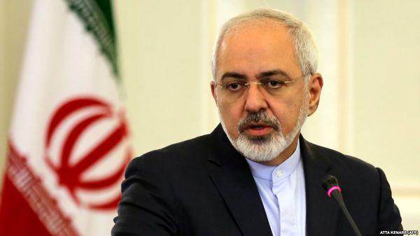 ظریف:آمریکا محبوس در سیاست های شکست خورده است