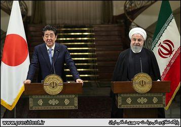 کنفرانس مطبوعاتی مشترک با نخستوزیر ژاپن