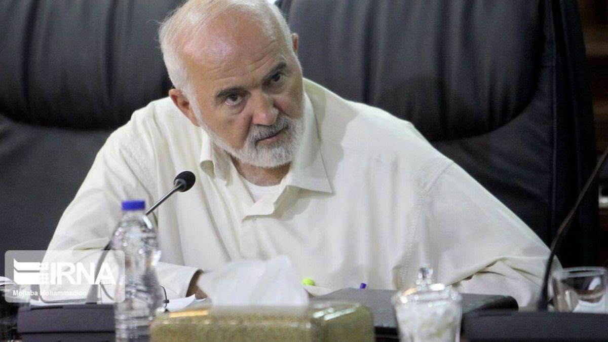 حقوقهای نامتعارف در شستا توکلی را دست به قلم کرد