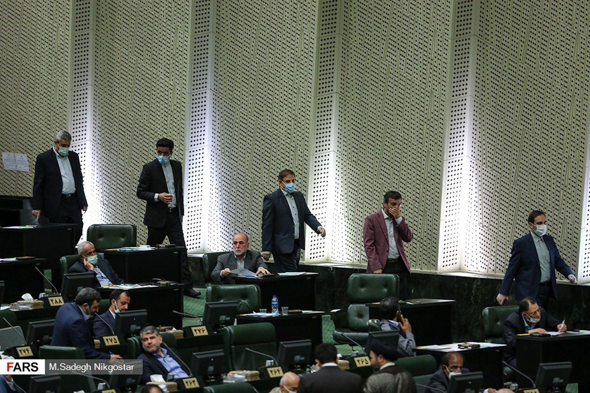 «جو» و «دونالد» تفاوتی ندارند ؛ واکنش مجلس ایران به انتخابات آمریکا