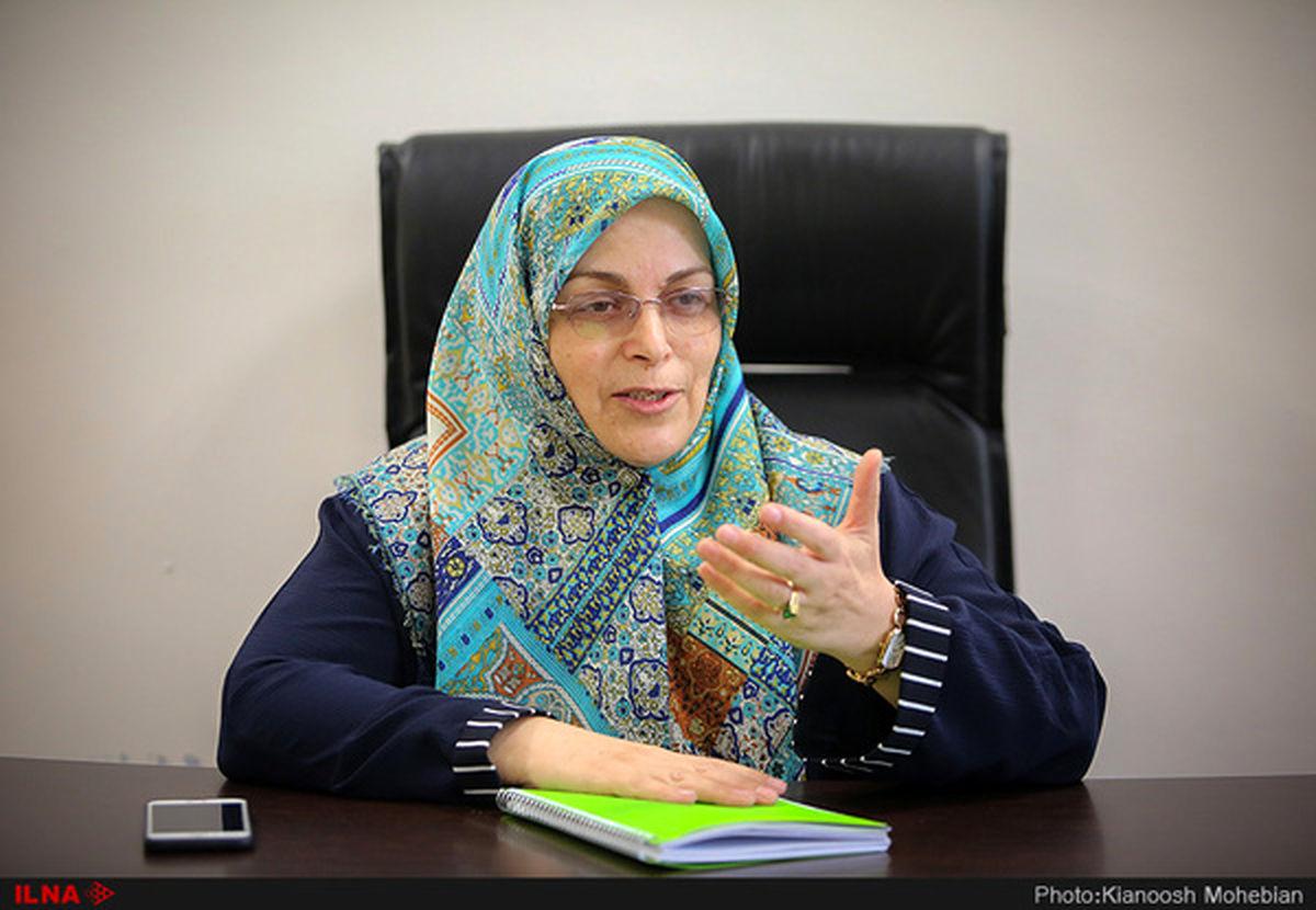 آذر منصوری: برخی میترسند لغو تحریمها به برگ برنده دولت تبدیل شود