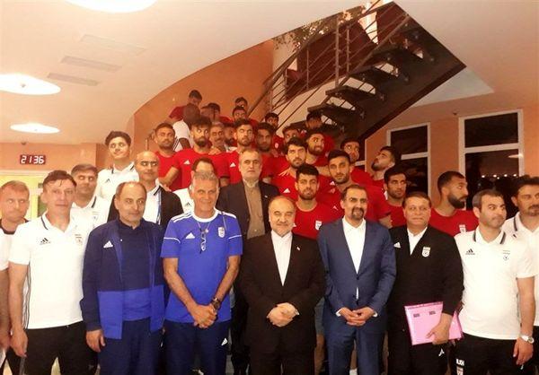 جام جهانی 2018 روسیه|وزیر ورزش پاداش ملیپوشان را پرداخت کرد+عکس