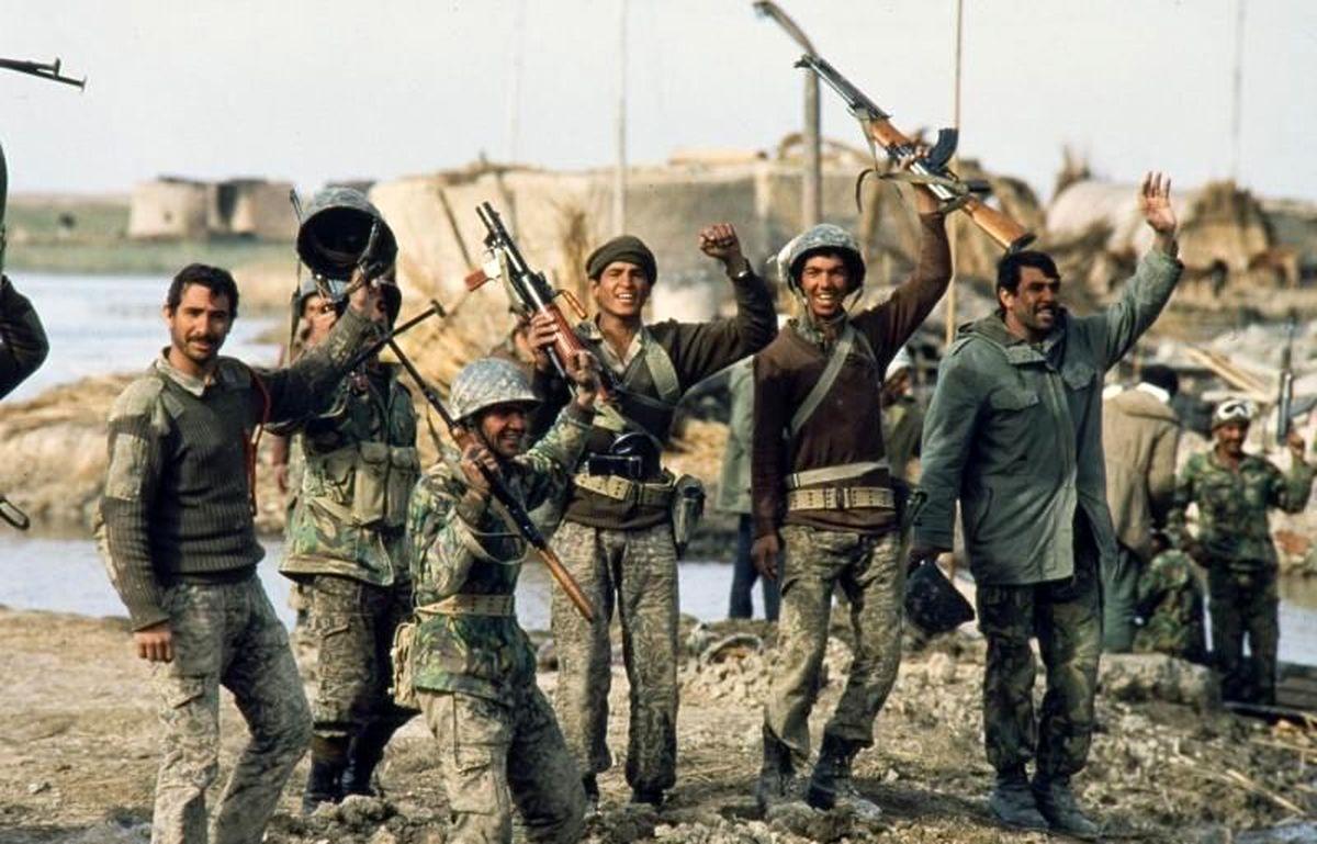 روایت سرلشکر صفوی از نقش رهبر انقلاب در شکست حصر آبادان