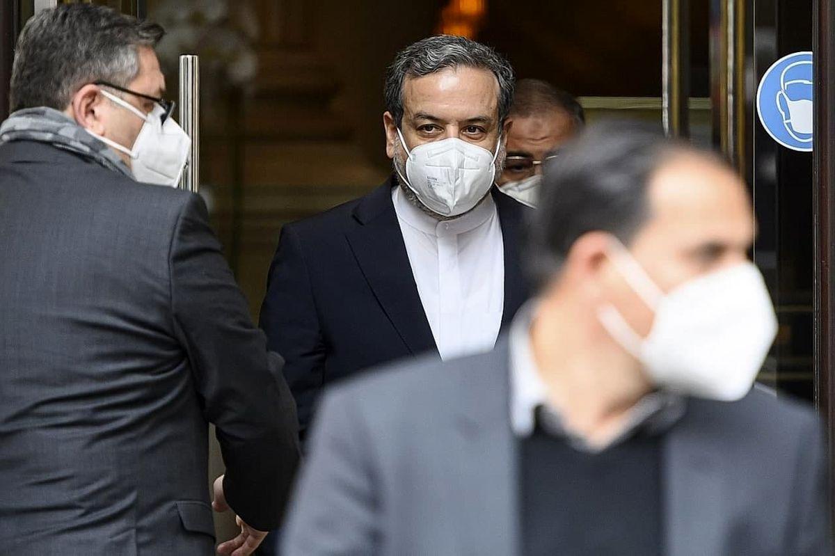 هیأت مذاکرهکننده ایرانی راهی وین شد