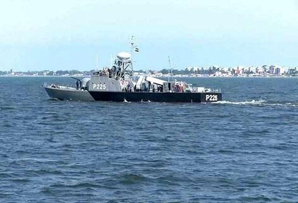 قدرت نمایی ناوهای موشک انداز ارتش در دریای خزر