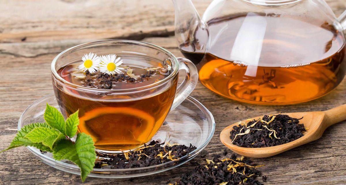 طرفداران پر و پا قرص چای از این ۹ عارضه خطرناک خبر دارند؟