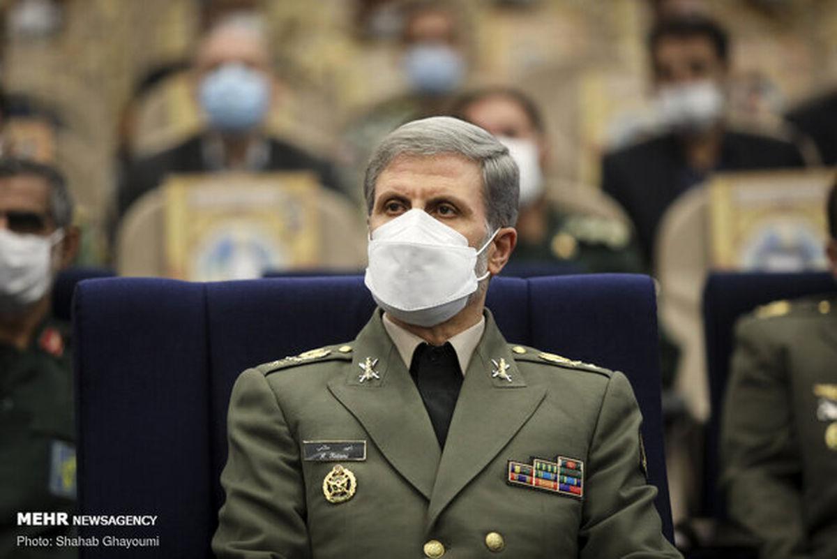 وزیر دفاع: ایران در جنگ تحمیلی به بزرگترین قربانی مین تبدیل شد