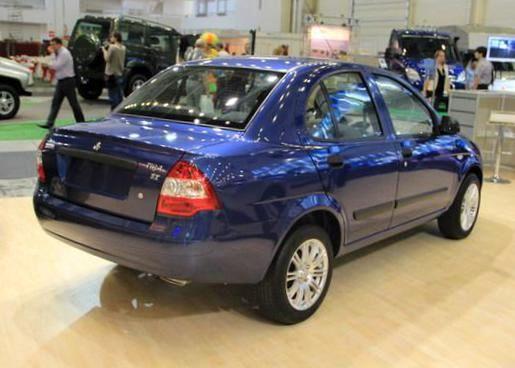 قیمت خودروها به قیمت کارخانه نزدیک می شود؛ رکود شدید در بازار