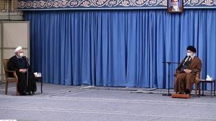 تصاویر متفاوت از جلسه ستاد کرونا با رهبر انقلاب