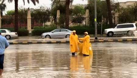 سیل شدید در کویت و عربستان