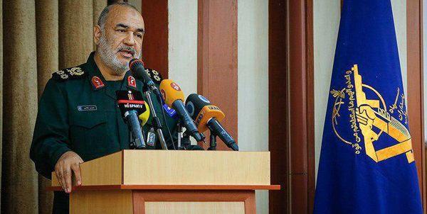 سرلشکر سلامی: هر کجا دشمن باشد ما قبل از او هستیم/ هیچ ایرانی مذاکره را راه حیات نمیداند