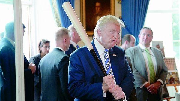 ترامپ: دموکراتها نمیتوانند چیزی را به کاخ سفید تحمیل کنند