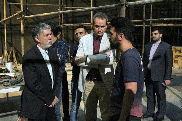 وزیر ارشاد پیگیر حاشیهها و عملیات بازسازی تاتر شهر