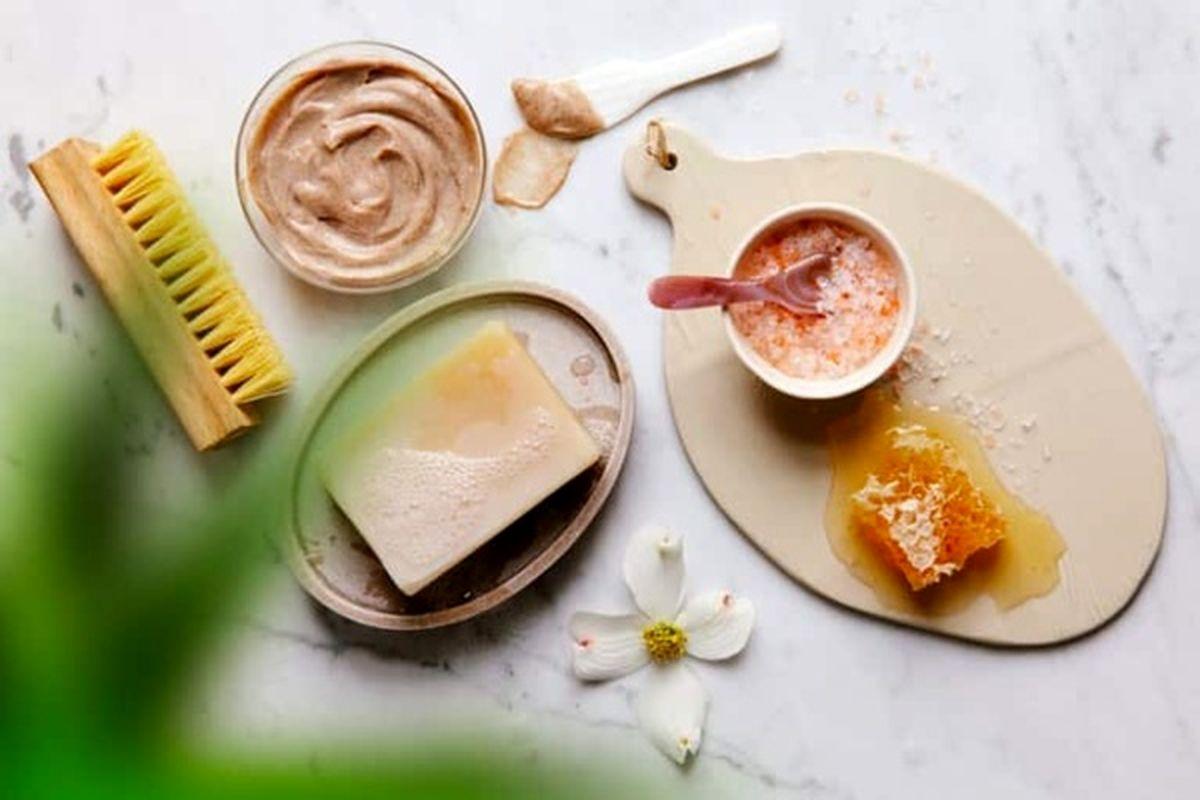 ترفندهای زیبایی برای خانمها با مواد طبیعی