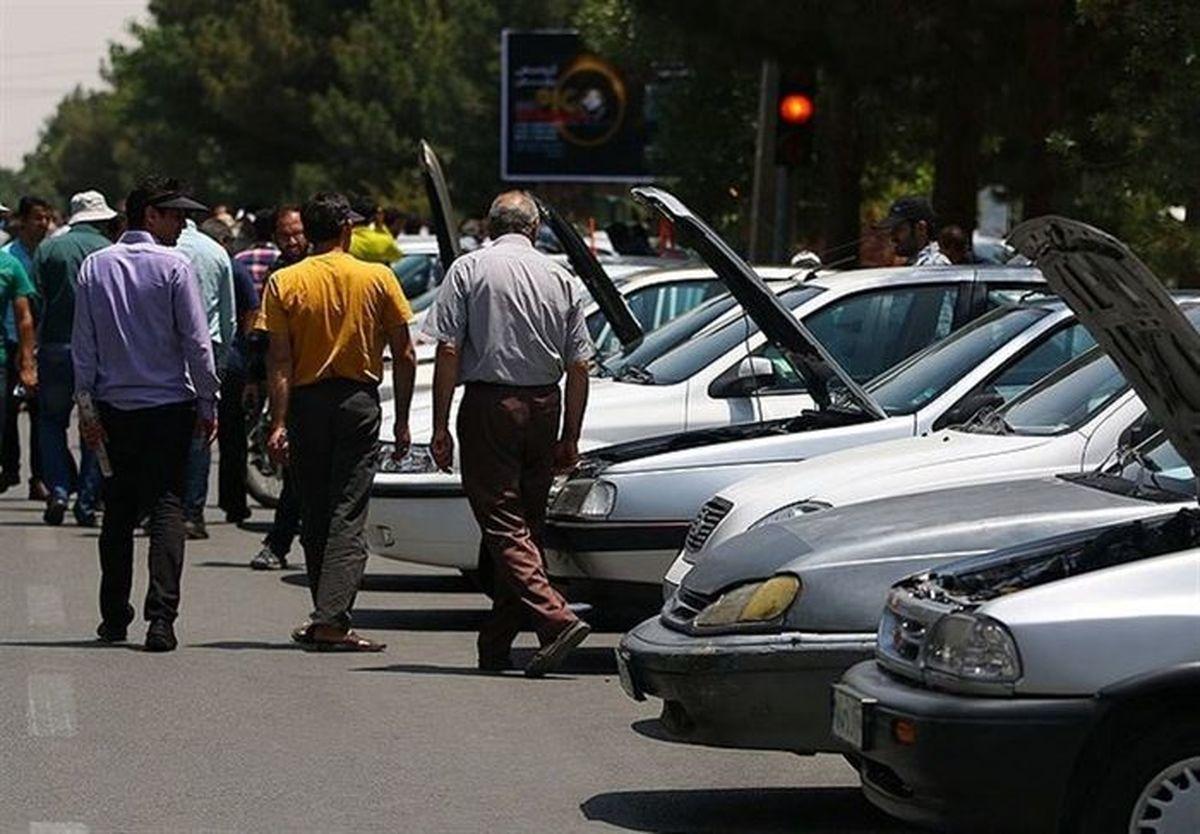 سقوط بیسابقه قیمت خودرو؛ ریزش قیمت خودرو تا کی ادامه دارد؟