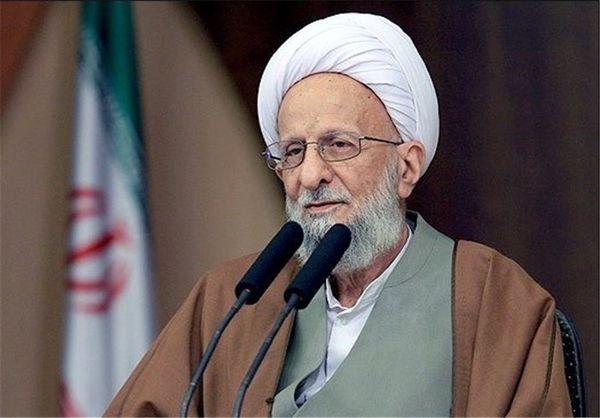 آیتالله مصباح: هیچ رهبری قابل مقایسه با آیتالله خامنهای در دنیا نداریم