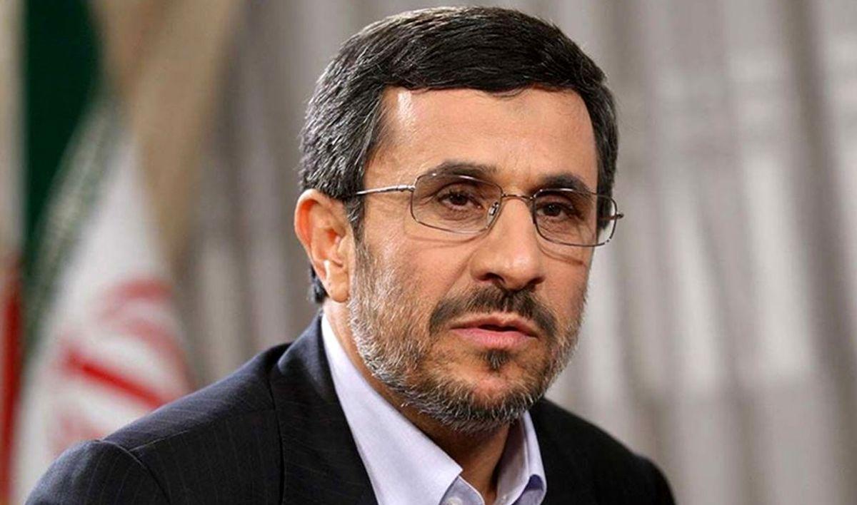 داوری: احمدینژاد دی ماه سال گذشته واکسن فایزر تزریق کرده است